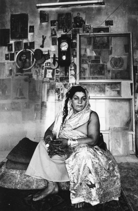 Untitled, Prostitute series (1975-77) Courtesy of Kaveh Golestan Estate